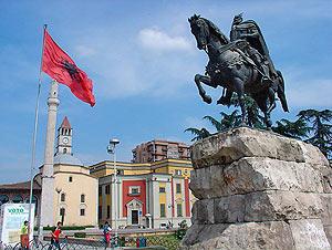 Жители Украины могут располагаться в Албании без визы на протяжении 90 суток