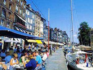 Недвижимость во Франции как и прежде наиболее знаменита у англичан