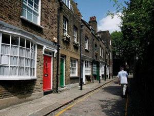 Реализации престижного жилища в Лондоне развиваются