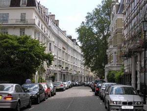 Великобритания: Агент недвижимости испытывает новую схему - оплата сейчас, собственность через 20 лет.