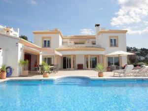 Чужеземцы инвестировали примерно 381 000 euro в береговую недвижимость в Испании в 2013 году